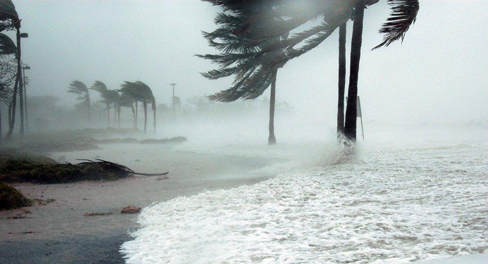 Tropical storm strikes west Mexico