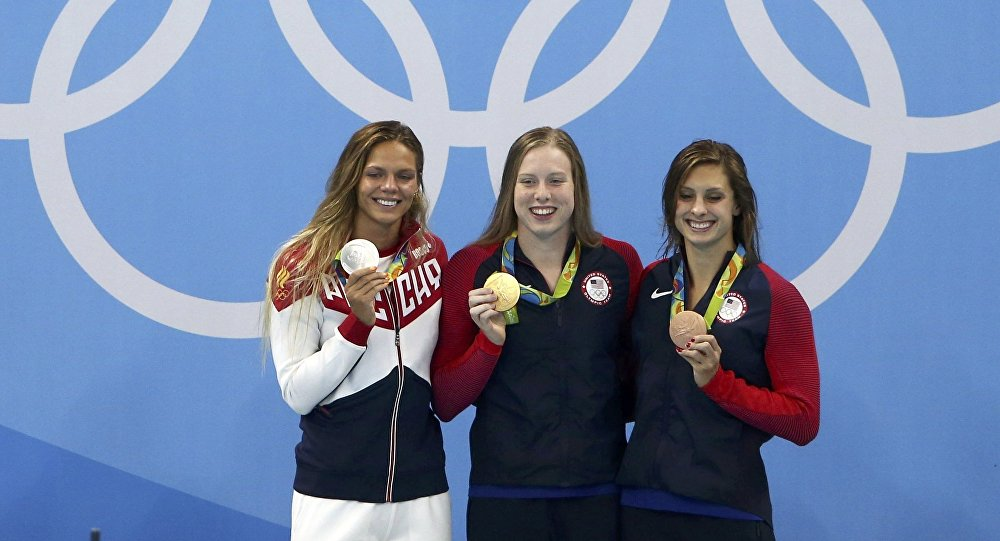 Lilly King's finger wag lights up internet, sparks drug-cheat debate