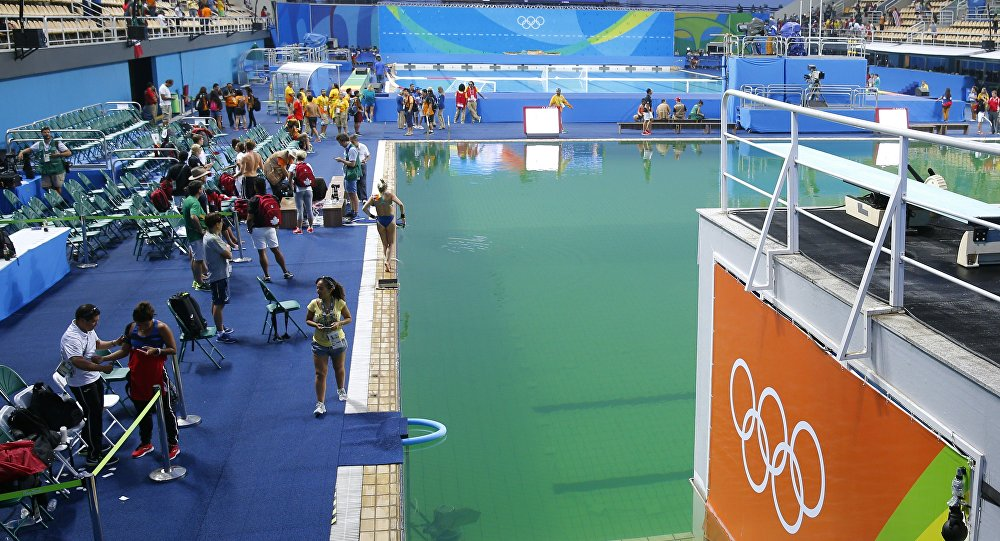 A general view shows the green water in the pool before the Women's Synchronised 10m Platform Final as part of the diving event at the Rio 2016 Olympic Games at the Maria Lenk Aquatics Stadium in Rio de Janeiro