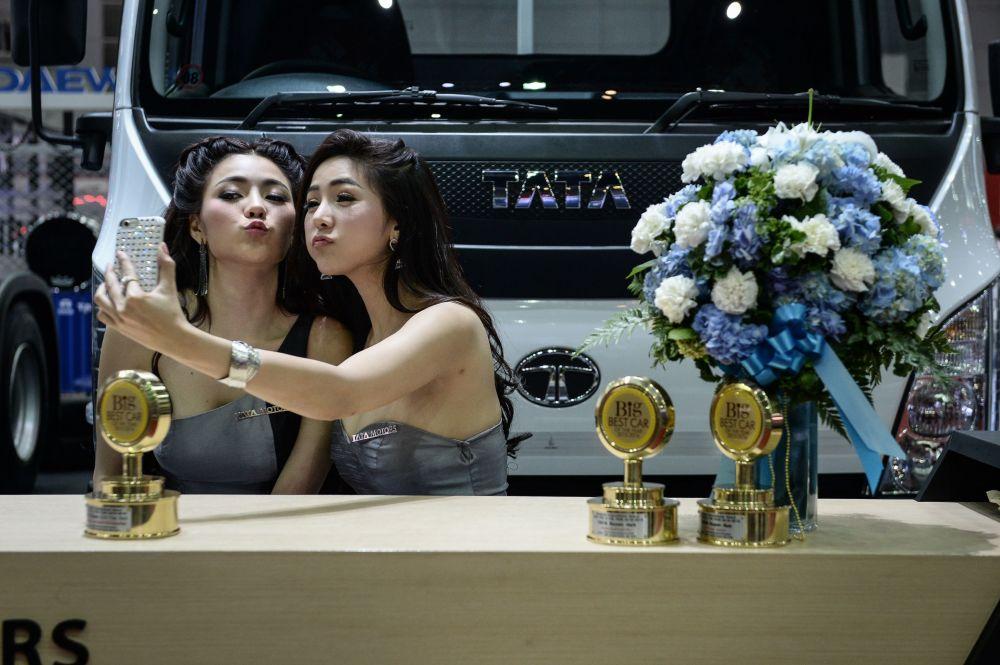 Best bangkok girls modeling share