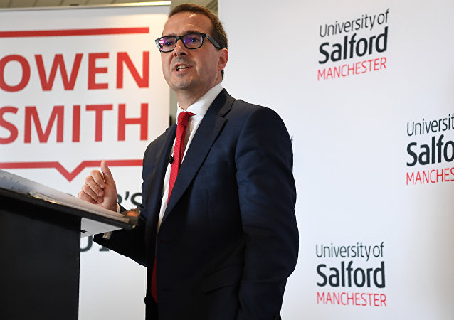 British opposition Labour Party leadership contender Owen Smith delivers a speech on the National Health Service at The University of Salford in Salford, north west England. (File)