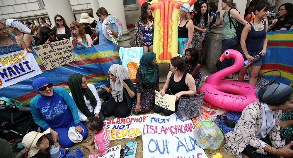 Protesters demonstrate against France's ban of the burkini, outside the French Embassy in London, Britain August 25, 2016.