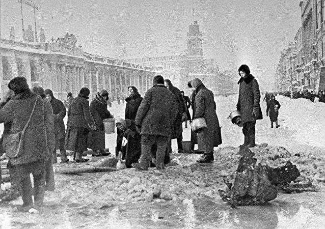 Residents of Leningrad