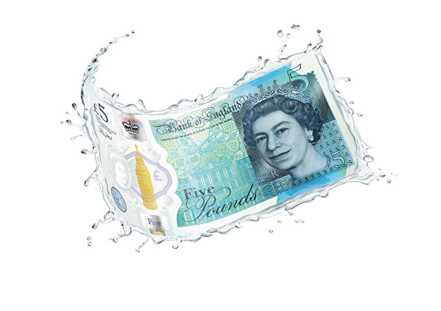 £5 water - polymer