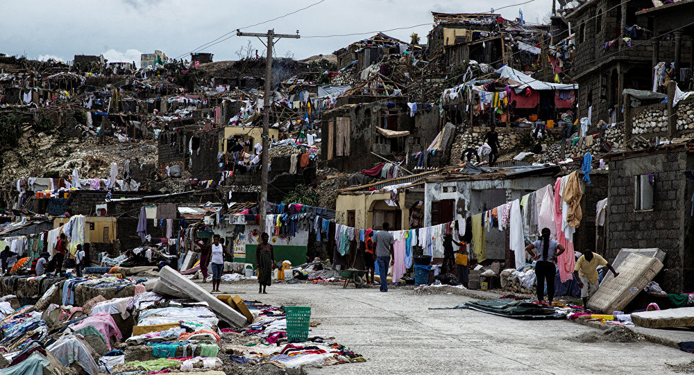 Clean up from Hurricane Matthew continues in Jeremie, Haiti, October 6, 2016. Picture taken October 6, 2016