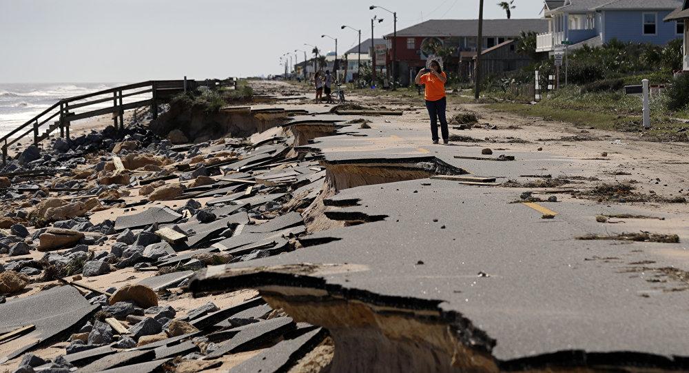 Hurricane Nicole Pummels Bermuda
