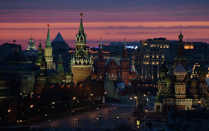 ex-top-reagan-advisor-russia-has-risen-like-the-phoenix-amid-us-decline