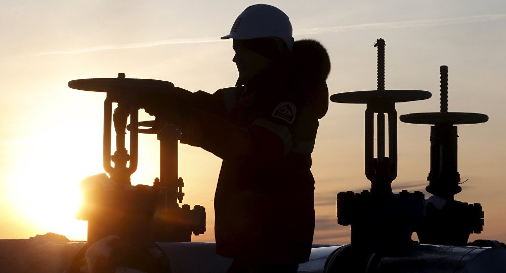 Russia Becomes World Top Oil Producer for 7th Consecutive...