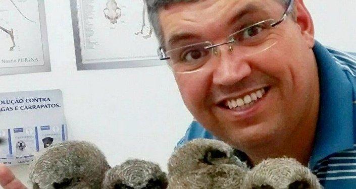 Veterinary Jefferson milk with corujinhas of the woods redeemed in Mogi das Cruzes
