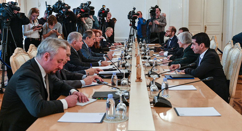 Russian Foreign Minister Sergei Lavrov meets with his Cypriot counterpart Ioannis Kasoulides
