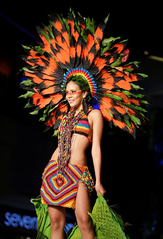 When Nature Meets Fashion: BioFashion Show in Colombia