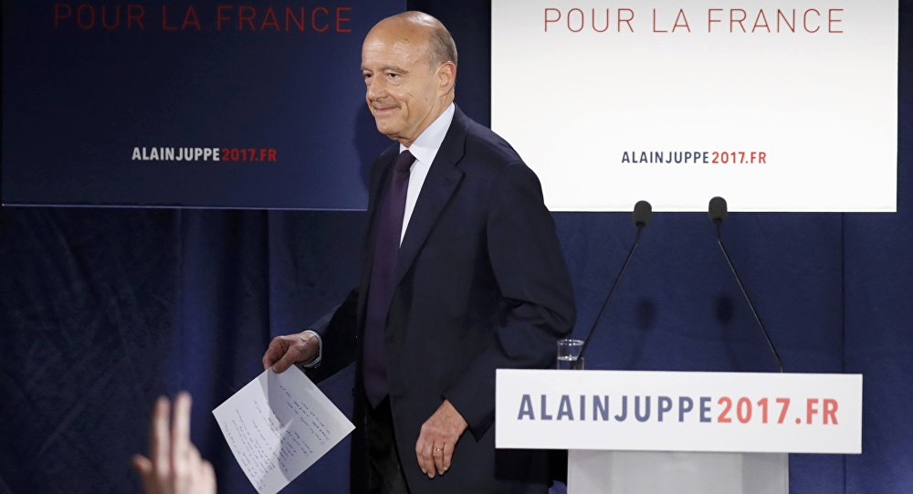 French politician Alain Juppe, current mayor of Bordeaux, and member of the conservative Les Republicains political party, reacts after partial results in the first round of the French center-right presidential primary election at his campaign headquarters in Paris, France, November 20, 2016.