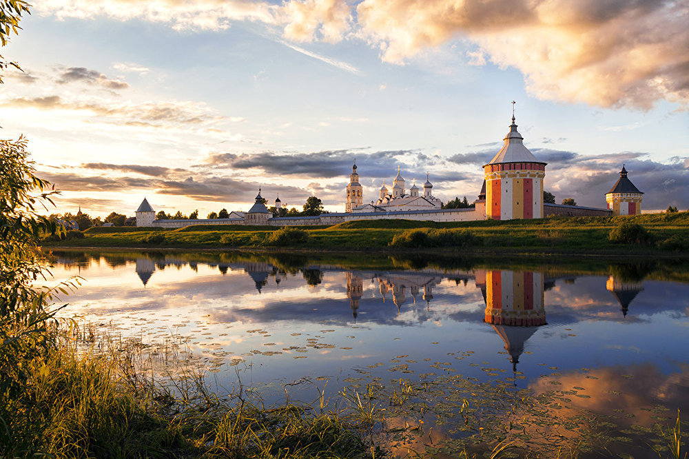 'Travel at Home:' Natives' Eye View of Russia's Tempting Beauty