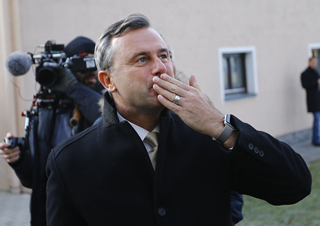 Austrian far-right Freedom Party (FPOe) presidential candidate Norbert Hofer reacts in Pinkafeld, Austria, December 4, 2016