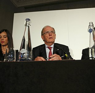 Lawyer Richard McLaren (C) delivers his second and final part of a report for the World Anti-Doping Agency (WADA), at a news conference in London, Britain December 9, 2016.