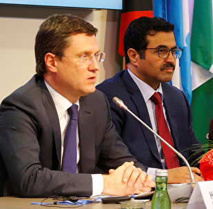 (L-R) Russia's Energy Minister Alexander Novak, OPEC President and Qatar's Energy Minister Mohammed al-Sada and Saudi Arabia's Energy Minister Khalid al-Falih address a news conference after a meeting of the Organization of the Petroleum Exporting Countries (OPEC) in Vienna, Austria, December 10, 2016