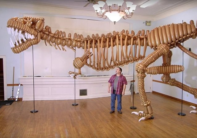 Life-Size GIANT T-Rex Dinosaur made of Balloons - COOLEST THING I'VE EVER MADE EP9