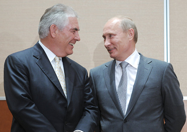 Vladimir Putin and Rex Tillerson attending the ceremony of signing of the Rosneft-ExxonMobil strategic partnership agreement, August 30, 2011