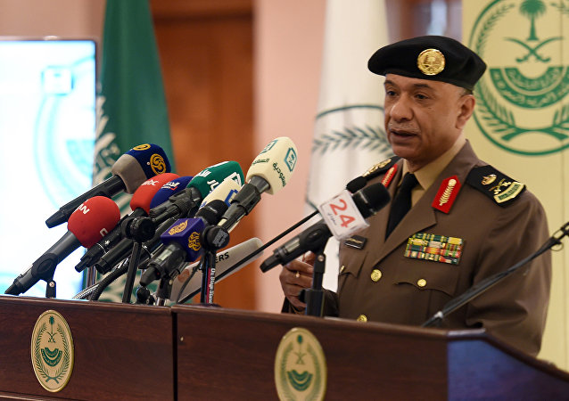 Saudi Interior Ministry's spokesman Mansur al-Turki speaks during a news conference at the Saudi Officers club in Riyadh, on January 2, 2016