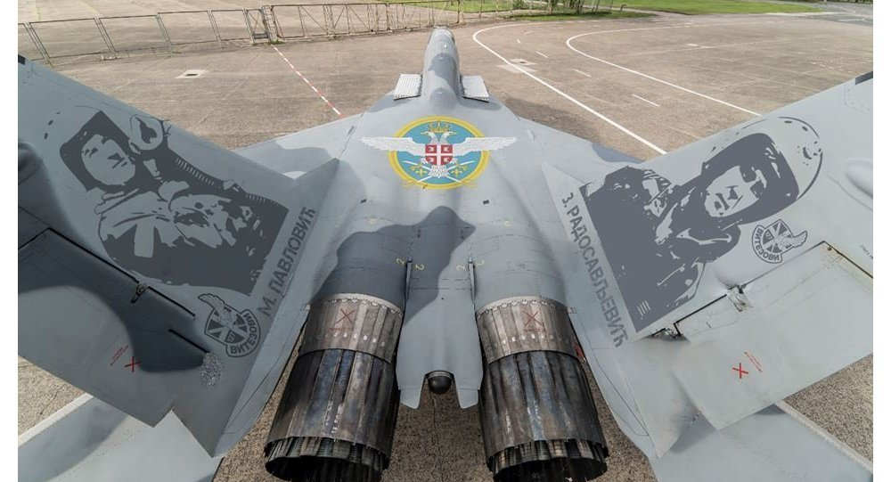 Russian MIGs with Serbian pilots painted on them