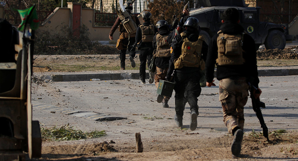 Iraqi forces fight IS at Mosul University, take areas along Tigris