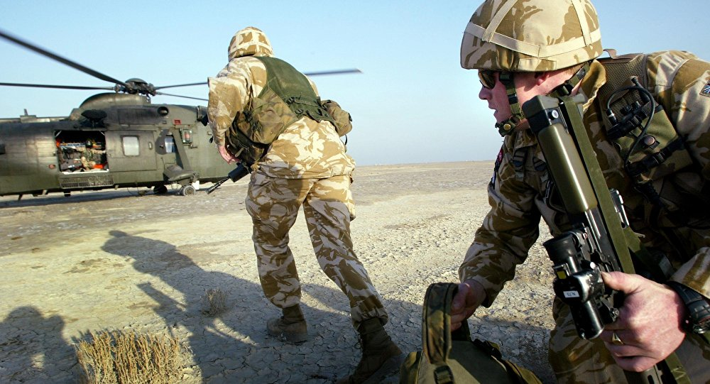 British paratroopers participate in exercises with helicopters from the 845 Royal Navy Squadron in the southern Iraqi city of Basra, January 16, 2005.
