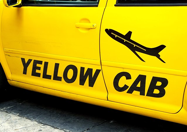 Yellow cab by Jose Miguel S. Flickr.