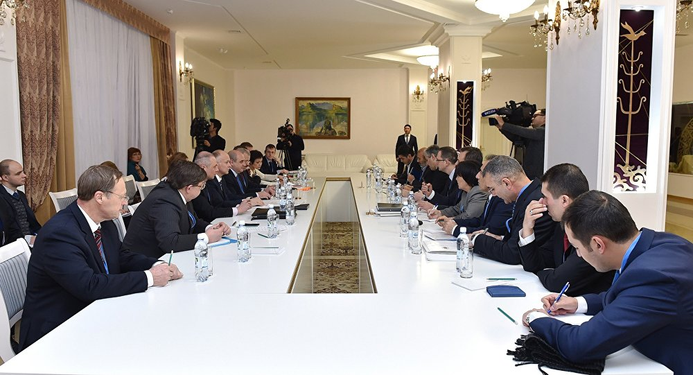 Participants in a meeting of the Joint Operational Group of Russia, Turkey and Iran to control the ceasefire in Syria, held in Astana