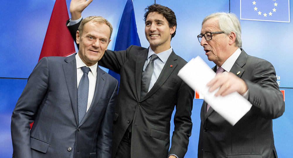 European Union  approves trade deal with Canada