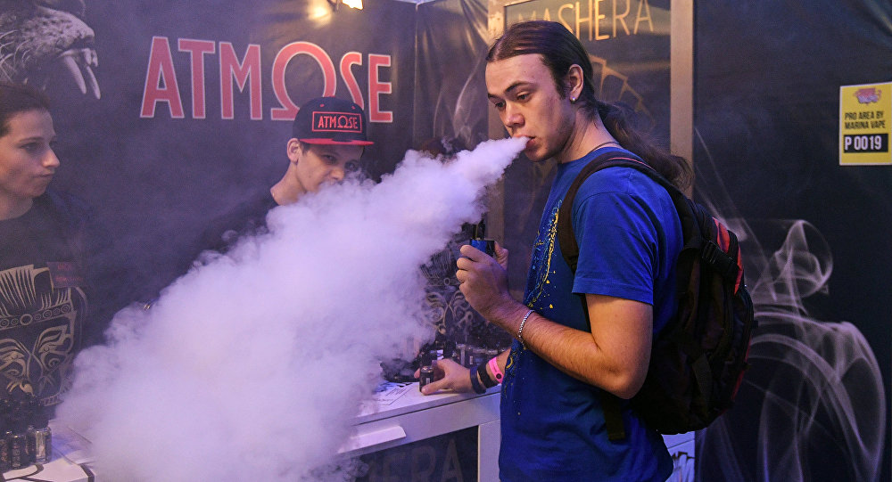 A visitor to RusskiVape, the third professional vape industry expo in Moscow