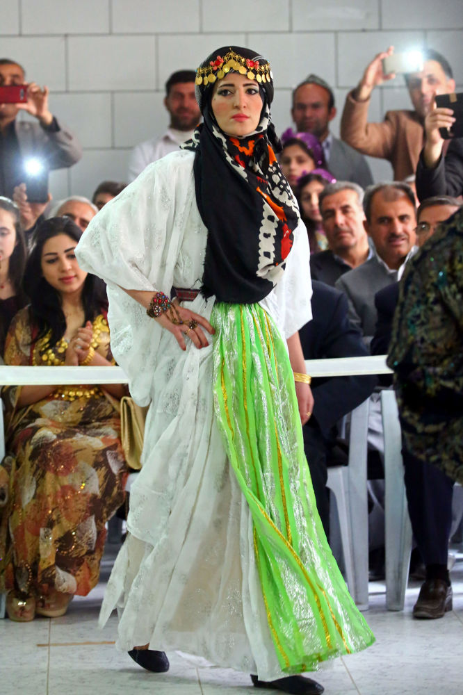 Syrian Kurds Showcase Traditional Attire at Fashion Show ...