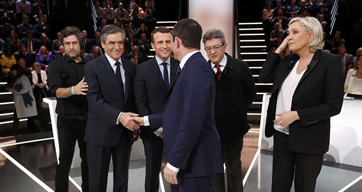French mega-debate seeks to swing undecided voters