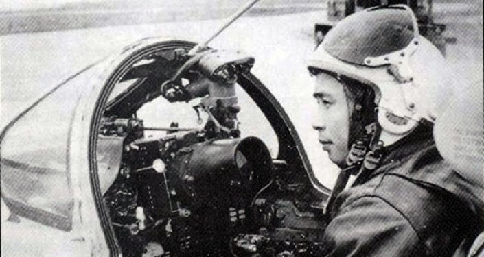 Phi công Mai Văn Cường, a pilot trained in the Soviet Union, shot down five US planes