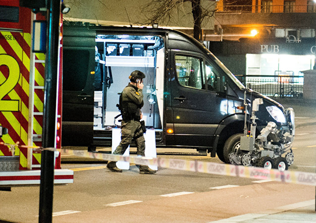 Police have block a area in central Oslo and arrested a man after the discovery of bomb-like device, in Oslo, Norway April 8, 2017