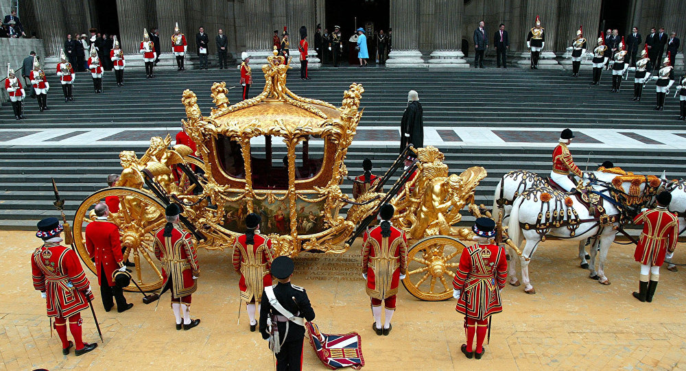 Britain's Queen Elizabeth II stands in the entrance of St Paul's Cathedral after arriving for a service of Thanksgiving to celebrate her Golden Jubilee, in London Tuesday, June 4, 2002.
