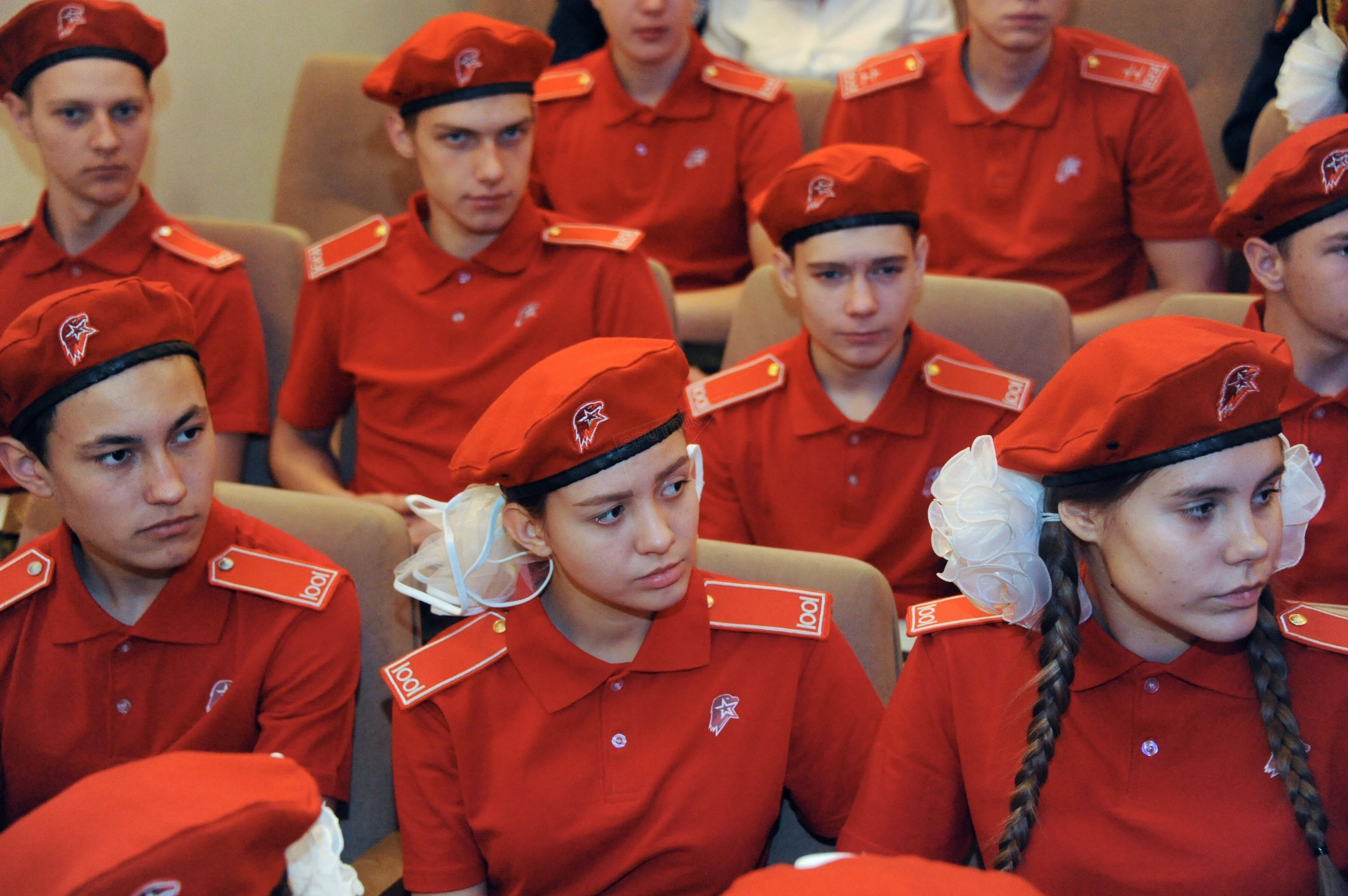 Participants of a meeting of the regional branch of the Yunarmiya nationwide military patriotic movement at the museum of the Trans-Baikal Territory Officers' Club military-patriotic education center in Chita.