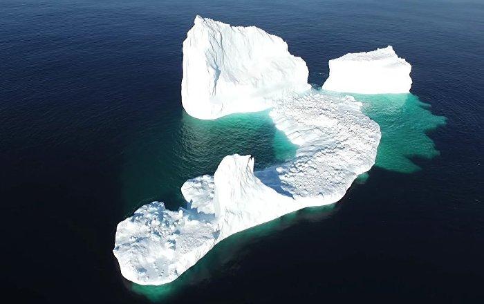 NL Aerial - Iceberg in Ferryland