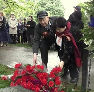 US and Russian WWII Vets Commemorated Elbe Day