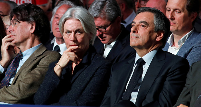rancois Fillon, former French Prime Minister, member of the Republicans political party and 2017 French presidential election candidate of the French centre-right, and his wife Penelope attend a political rally in Paris, France, April 9, 2017
