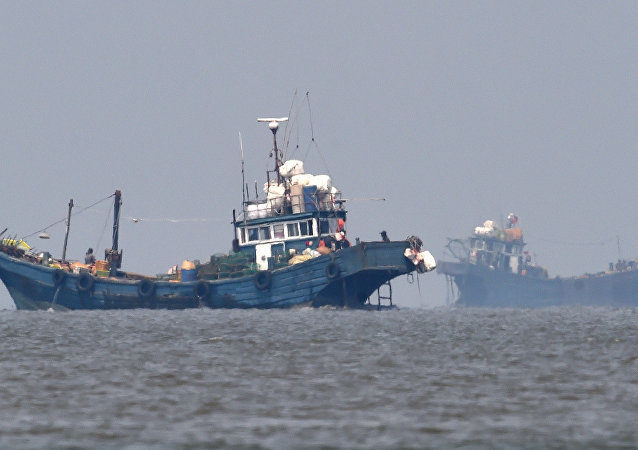 Chinese fishing boats in neutral waters