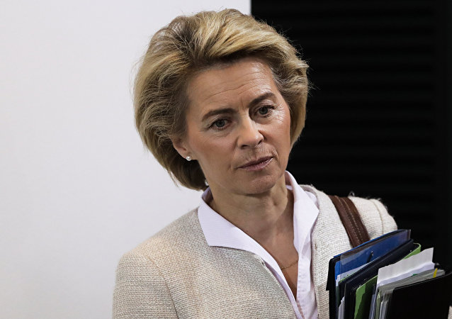 German Defense Minister Ursula von der Leyen arrives for the weekly cabinet meeting of the German government at the chancellery in Berlin, Wednesday, Nov. 30, 2016.