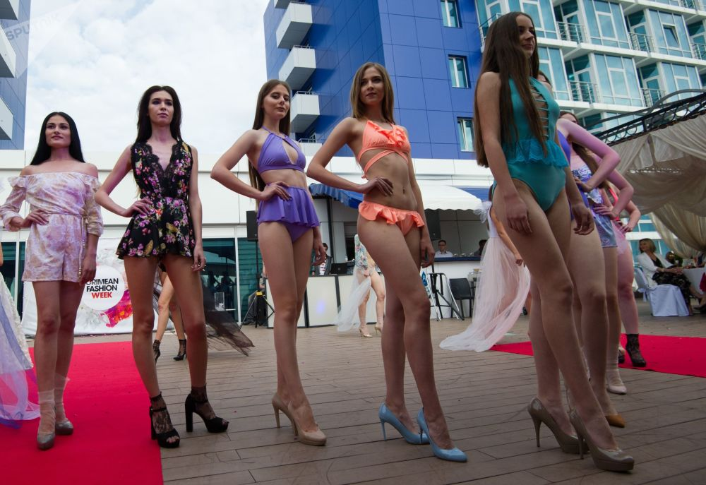Summer Vibes at Crimean Fashion Week