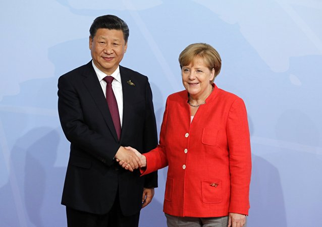 China and Germany, both main beneficiaries of globalization, are likely to find common ground at the upcoming G20 Summit in Hamburg despite massive anti-globalization protesters flooding the streets of the German port city, experts told Sputnik on Friday.