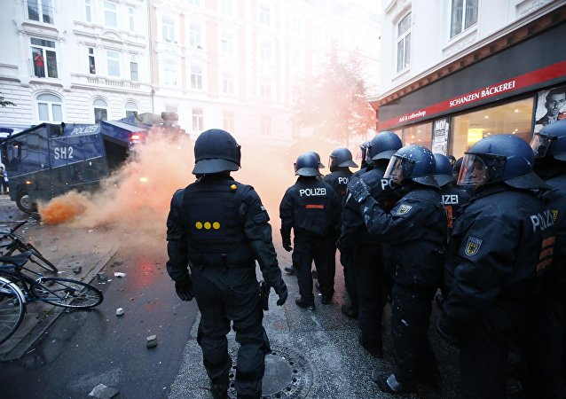 German riot police