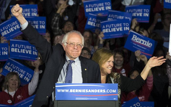 Bernie Sanders Partnering With Greek Progressives to Build Leftist Movement