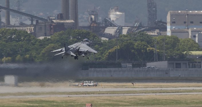 US Jets in Japan