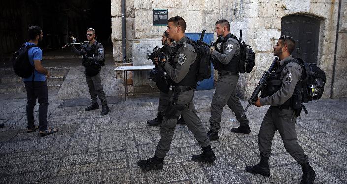 Israeli borderguards patrol in Jerusalem's Old City on July 14, 2017, following an attack