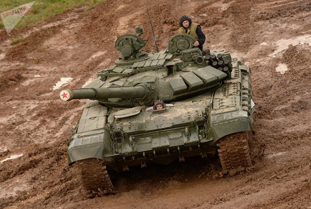 A T-72 tank during the military machinery show at the Alabino training ground held as part of the international military-technical forum ARMY-2016