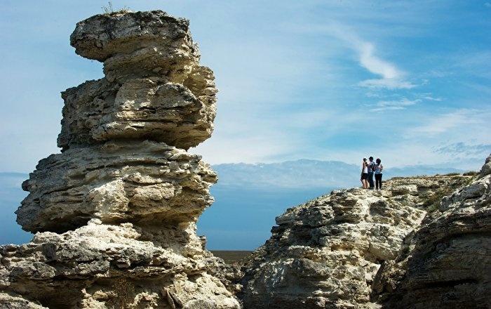 Fantastic Beaches and Natural Wonders of Cape Tarkhankut in Crimea