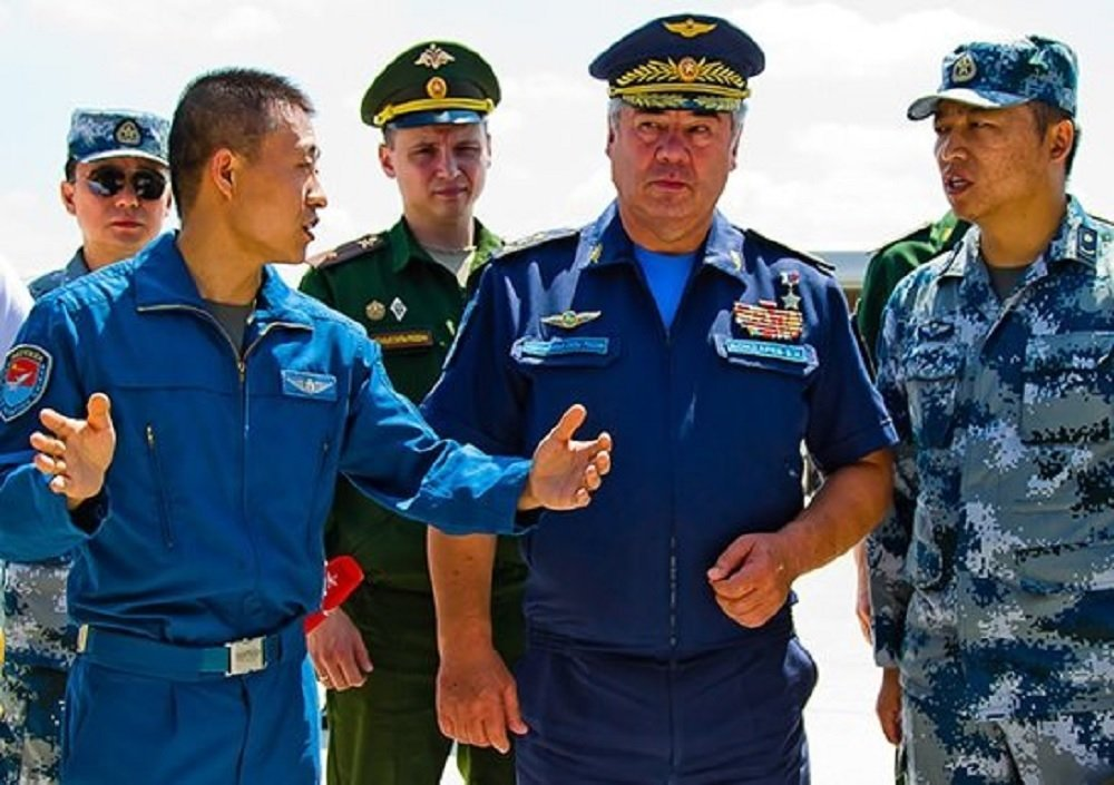 Russian Aerospace Forces Commander Viktor Bondarev with Chinese colleagues